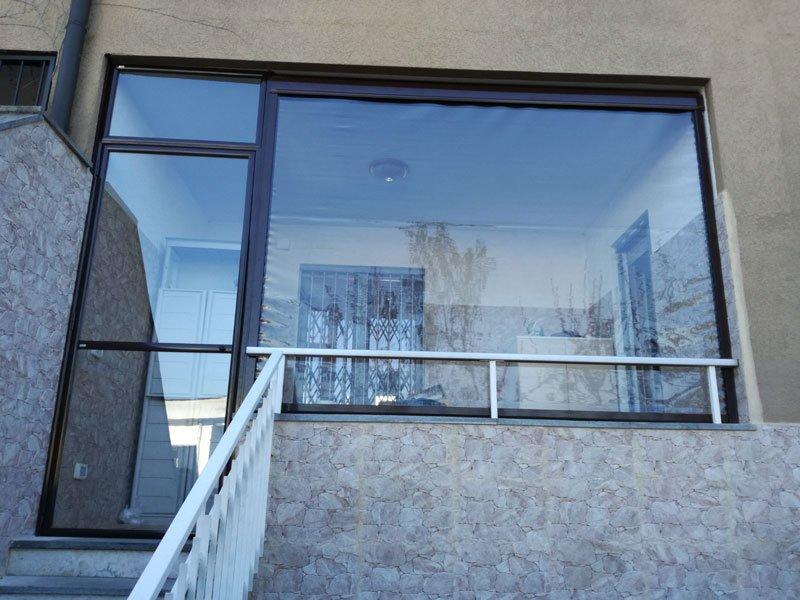 Tende in cristal trasparente a Milano - tende in pvc per porta finesta