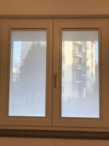 Tende plissettate a Milano - finestra intera
