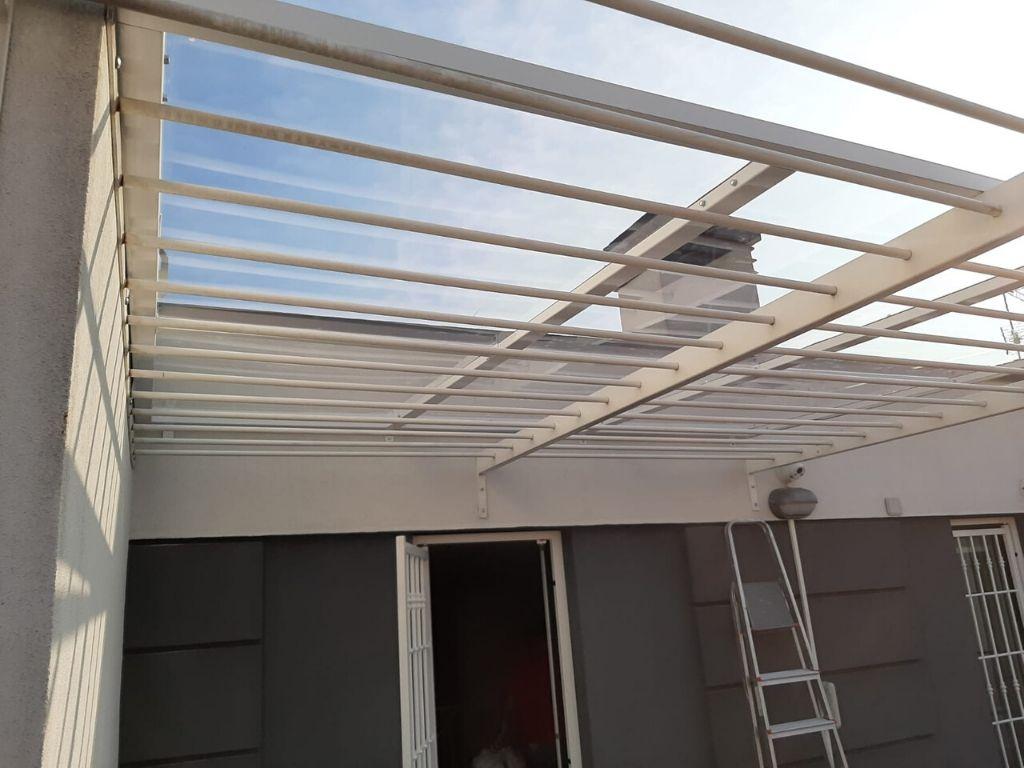 Posa tetto in policarbonato - Milano - 1