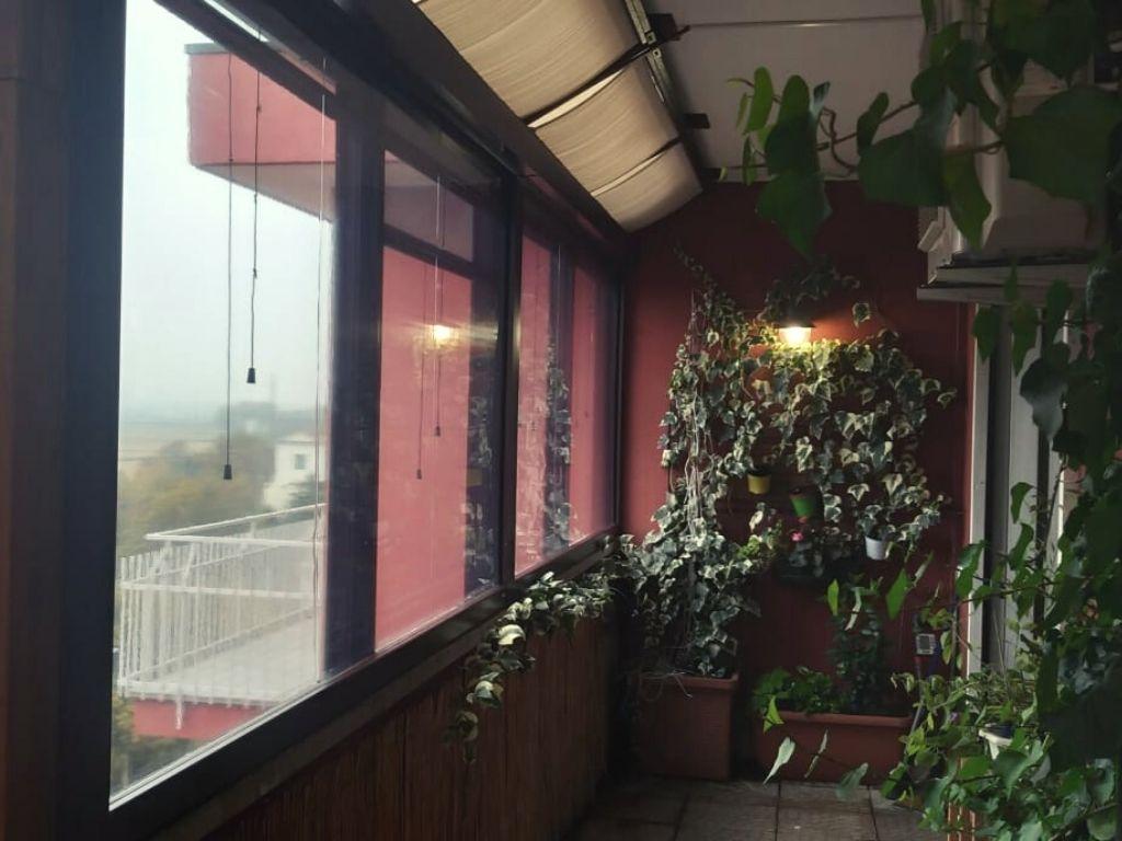 Chiusura di veranda su terrazzo a Opera (Milano) - 4